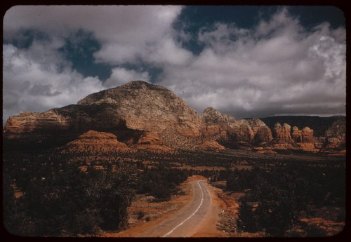 ID: P06090. 1952, Apr.12. US 89A. Sedona, AZ. Retrieved from:   http://www.dlib.indiana.edu/collections/cushman/