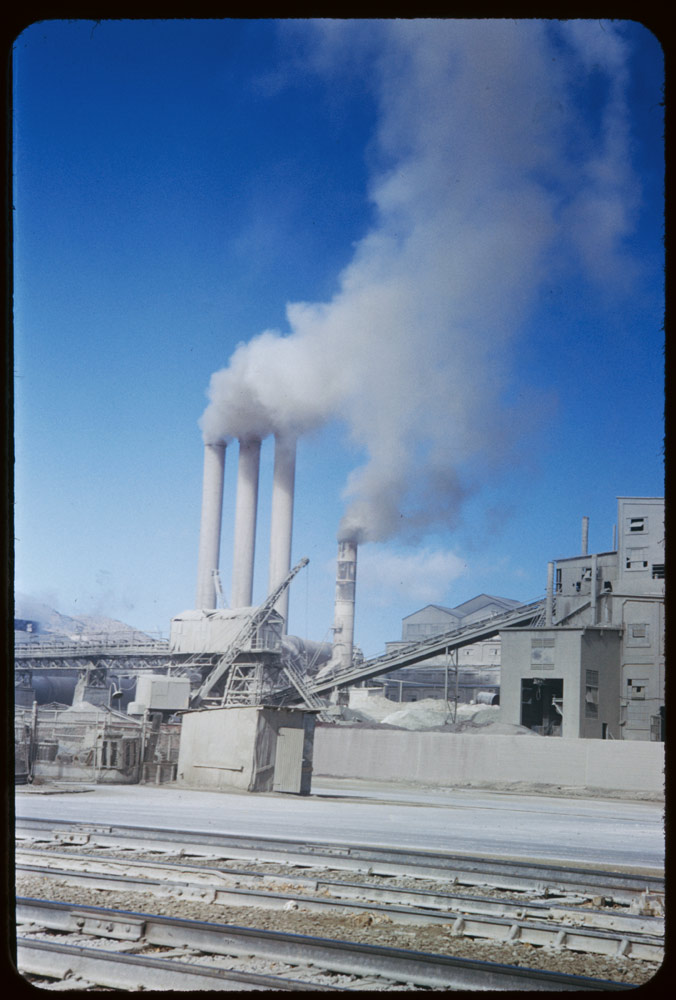ID: P07089. Monolith Portland Cement Co. Mill in Tehachapi Mtns. 1953. Nov. 23. Monolith, CA. Retrieved from: http://www.dlib.indiana.edu/collections/cushman/